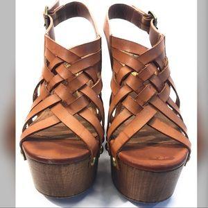 Qupid Block Heels Wood Strappy